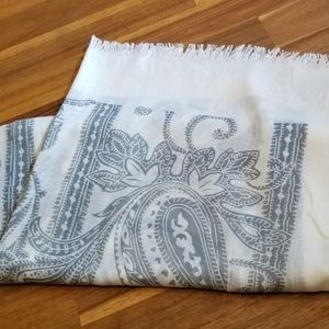 NWT White Open Scarf with a Gray Paisley Print